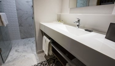 Bathroom Krystal Urban Guadalajara Hotel Guadalajara